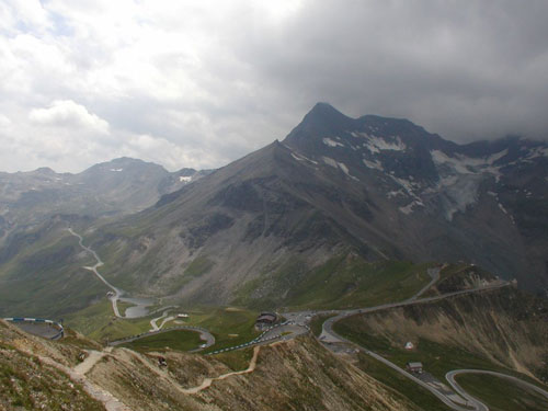 World\'s Most Scenic Roads